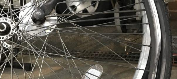 パナソニックの電動自転車のホイール交換に神戸の学園都市に引き取り修理 サクラマチサイクル明石駅前店